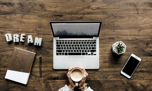 Como iniciar um negocio na internet passo a passo
