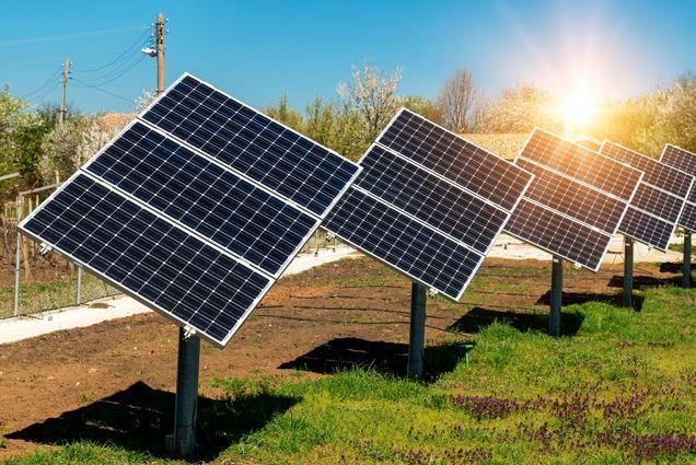 Ideias de Negócios Diferentes e Inusitados para Fazer em Casa - Aluguel de placas solares